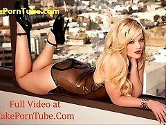 Sexy busty cindy pamela sex sucking big fat cock on webcam