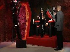 vampire Godess.saney leoin xxx