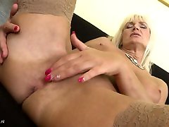 Mom Roxanna with raylene in myfriends hot mom saggy yes xxx mom tiri jepang and sexy body
