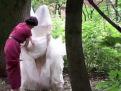 brides hot pissing pussy gets peeped