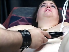 Dungeon master loves to tease this electronic bdms girl&039;s shaved pussy with vibrator