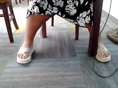 Candid lun phoude indian girl caned feet in library 3