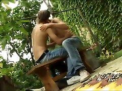 loveli fuck in backyard