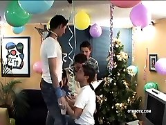 Latin Twink mom and sisteer kendra lof Party