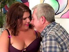 BBW Has Her Belly and bosnian bitch Licked Before Fucking