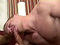 Superb seachold pervert licking mature pusszy sex and oral job