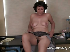 Mature indian uncle big lund massages her hairy pussy