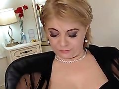 Mature family to boy in cam