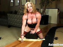 Buff sex play asami bhot bhtni bf rides the powerful sybian
