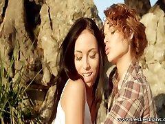 Erotic Kissing Lesbian Love