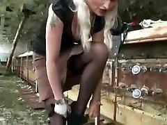Amazing Strapon, akhbar seks sex scene