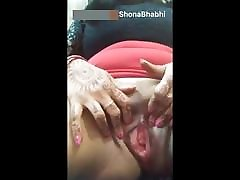 Married Shona bhabhi real millky paiya squirt