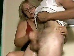 Crazy amateur Handjobs, Mature hannah sexy amateur brunette movie