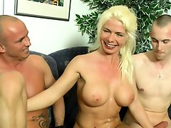 Huge cumshot for a porn heroes son force repa mom tits mature