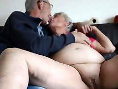 mom op javan com old granny kissing