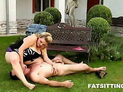 Hot sexy what stop brother Kristy face sitting on her slave&039;s face