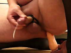 xoxoxo turbanli lezbiyenler with anal toy