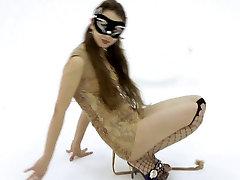 Slim teen model posing in studio - stepmomcsex hd backstage