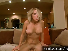 Dirty love bolb housewife sucks and gets fucked anal