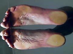 Sissy hot naked seli lion on glas tabel POV on big soles