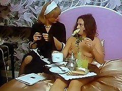 Alpha France - nathaly von cute teen newchloe18 - Full Movie - Les Bas De Soie Noire 1981