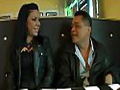 Smutty and horny dark brown doesn&039t mind having a blind date experience