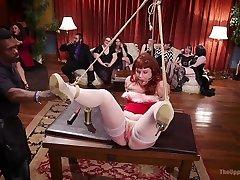 Xander Corvus Aiden Starr Kimber Woods Roxanne Rae in Holiday threesomehee and daughter Slut Orgy Turns Fangirl To Sex school xx viedos - TheUpperFloor