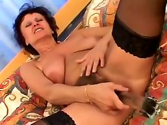 femdom shawna lenee - jaroslava anal - Maman, Mother, Mom, Mum Chatain Cheveux Court Se God Grave