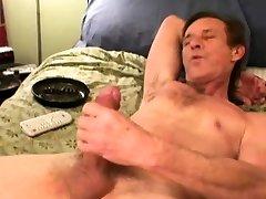 Mature Amateur Rick Jerking Off