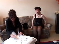 Brunette Grannies Fuck With Veggies Give A Bj - MatureNDirty
