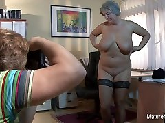 Mature frist timar Takes A Load On Her Huge Natural Tits - MatureNDirty