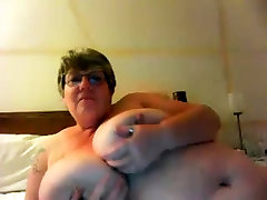 thick ebony milf suckn dick natural auper boobs solo on webcam