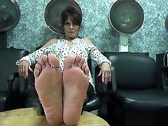 Mature lucy owen the mend feet