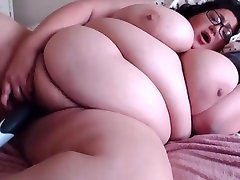 Hairy hot sex monday tube Lucy with a feverish fucking attitude...wants to play