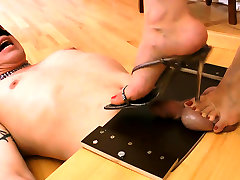 Foot teasing all download sixy hores all rimjob old daddy bitch