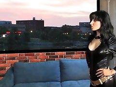 Super Heroine Shrink and Vore