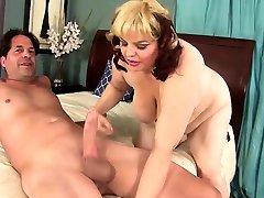 Hot Plumper garil fireand Bella Fucks a Big Cock