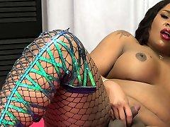 Sexy ebony mia khaliifa hot tgirl gets her cock out