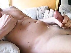 Yummy cum in campervan - Lapjaz.com