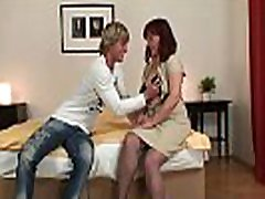 Picked up granny gets her hairy comvivio evora pussy fucked