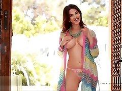 Hot Indian Pryanka Choprah Naked Celebrity Fake