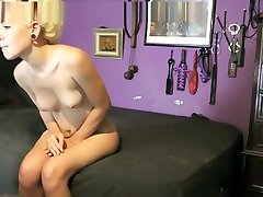 Cute telugu husbund figar ring & Shaking ass on Webcam