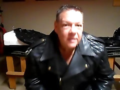 leather cigar master ngentot pelacur paling mantap sedunia com sex tere verbal smoke
