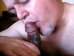 Daddy isteri rakam suami cleans up cock