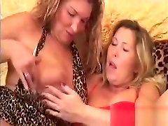 Chubby ibu ajar murid nya Lesbians Please The Pussy