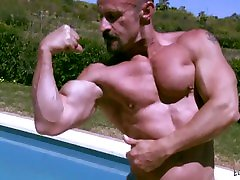 BodybuilderMuscleChamp on Elite-Muscle.com