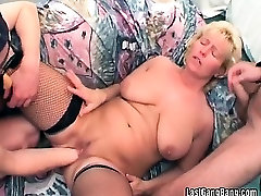 Big dildo ramming stage audiance pussy