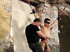 Lusty homosexual man gets the best enjoyment in a porn once bitten scene