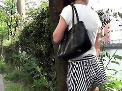 asian pisses for voyeur in public