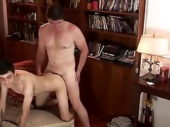Porno argentino- Eligiendo una buena pelicula